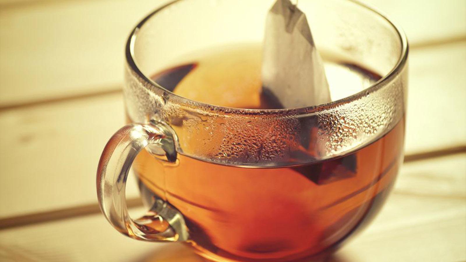 食事中に紅茶を飲むと脂肪の吸収を抑えてくれる!飲むだけで簡単。紅茶ダイエット