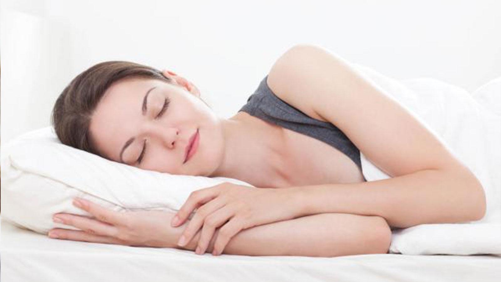 【肌ケア連載】専門家に聞く。睡眠と肌ケアの関係って?良質な睡眠をとるコツとは!【第五回】