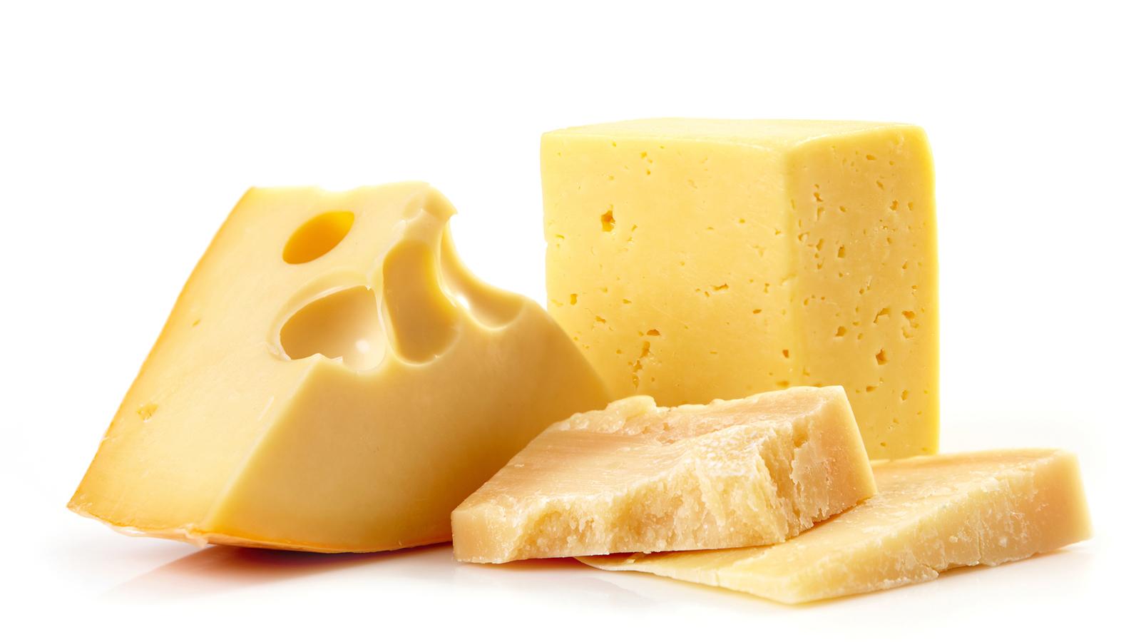 【最新】チーズは避けるべき?糖質制限ダイエットにも使えるチーズの賢い食べ方