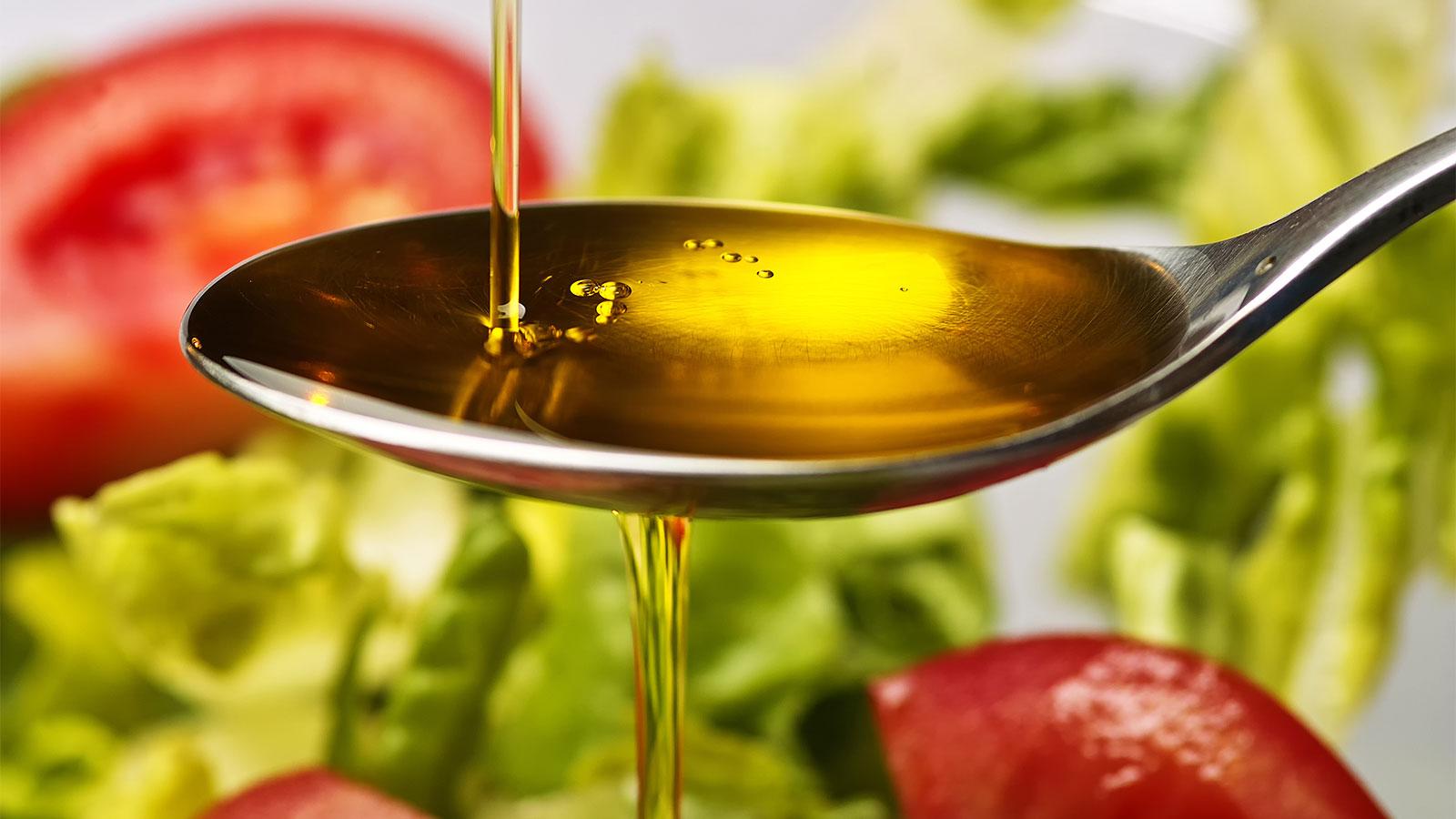 今話題のアマニ油ダイエット。気になる効果と成功のための秘訣は?