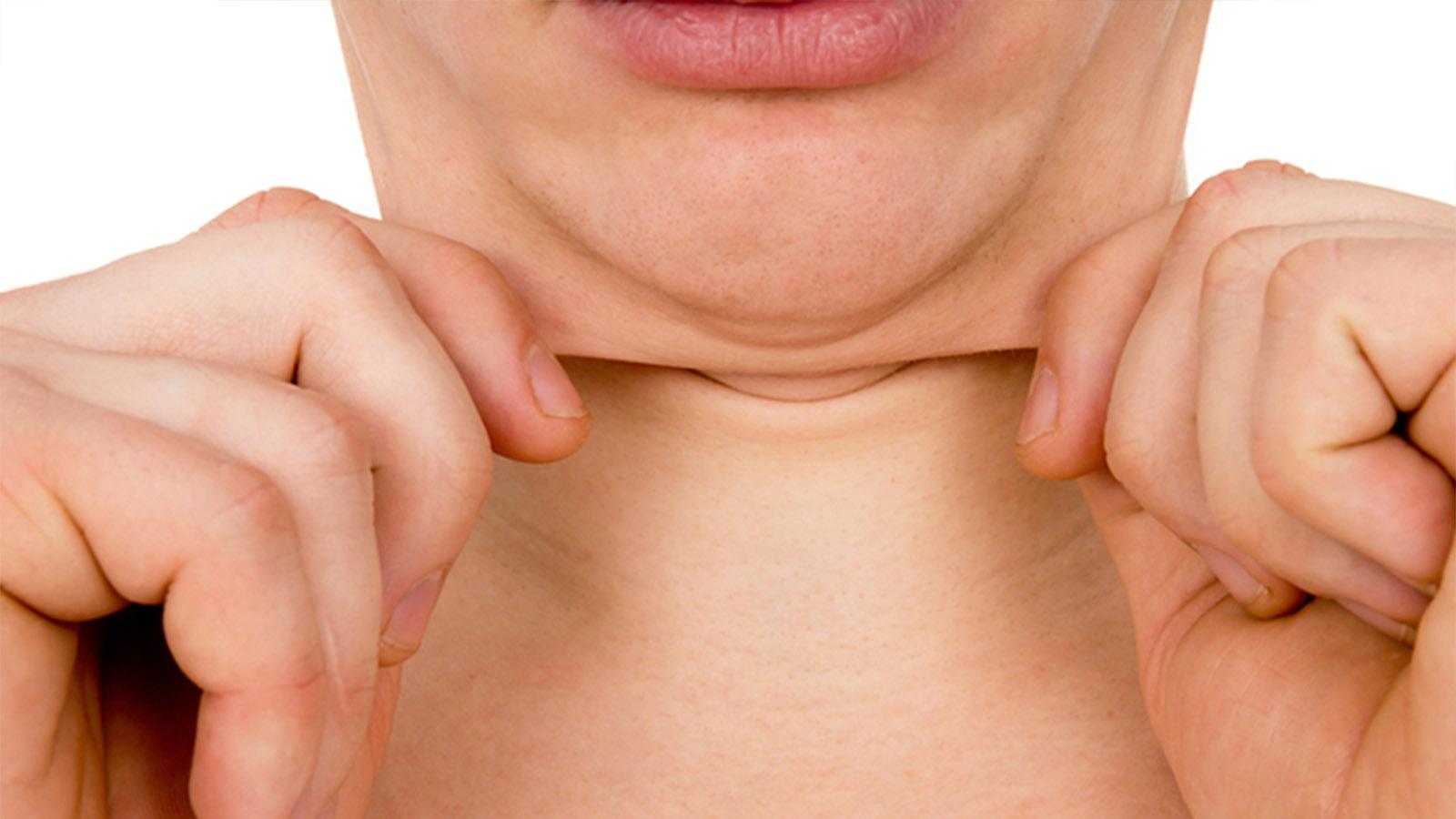 二重あごを改善する方法は簡単!気になるあご痩せの3つの原因と解決策とは