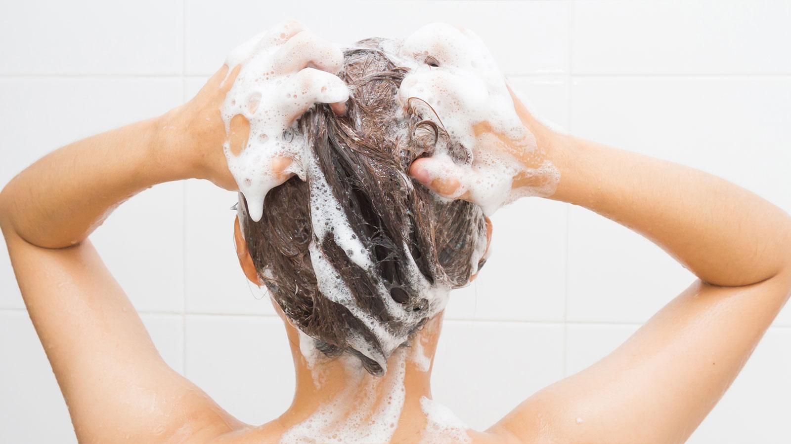 【肌ケア連載】専門家に聞く。シャンプーを選ぶ際のポイントとおすすめの洗い方【第十回】