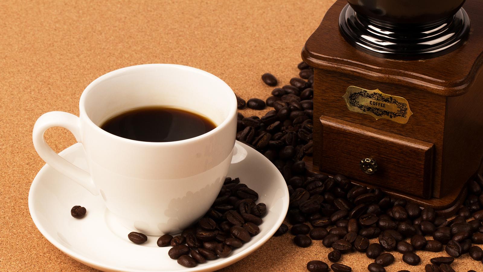 糖質制限にコーヒーはいいの?糖質量データと注意ポイントを徹底解説!